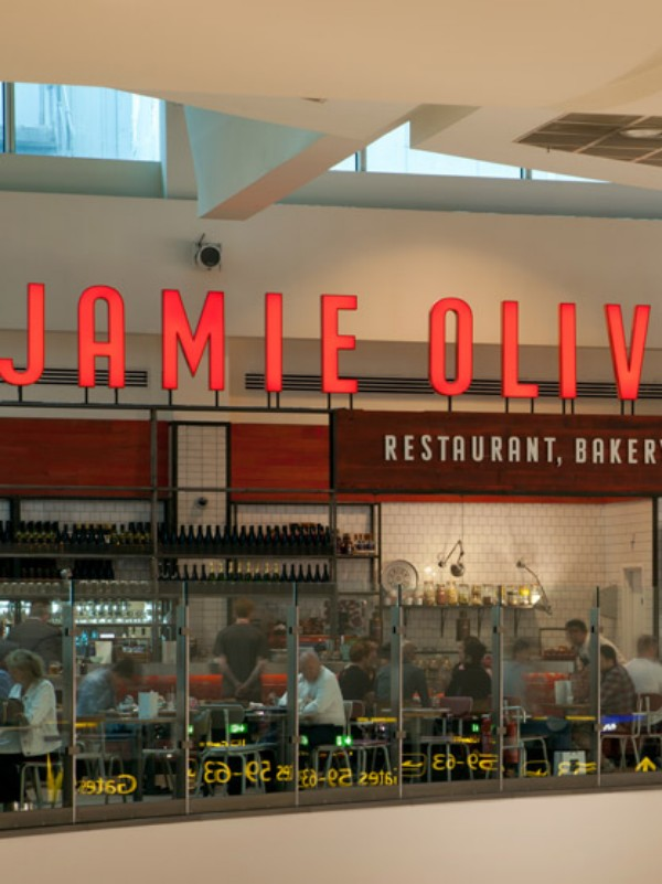 Jamie's Italian Gatwick de Blacksheep (4) [1600x1200]