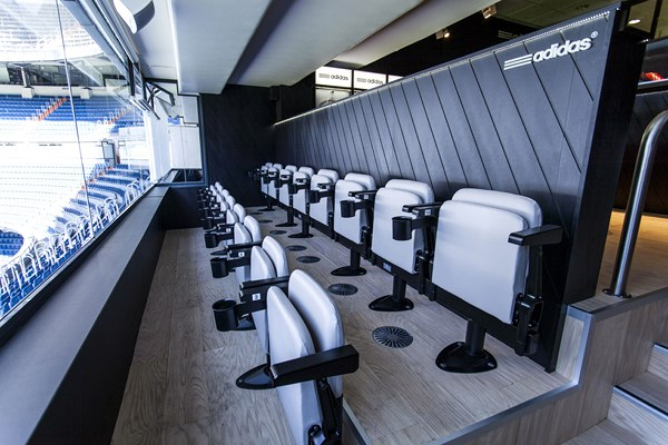 10 adidas VIP Bernabéu