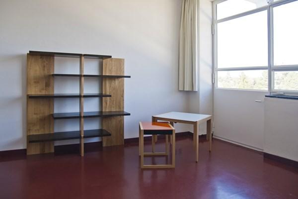 10-bauhaus-studio-building