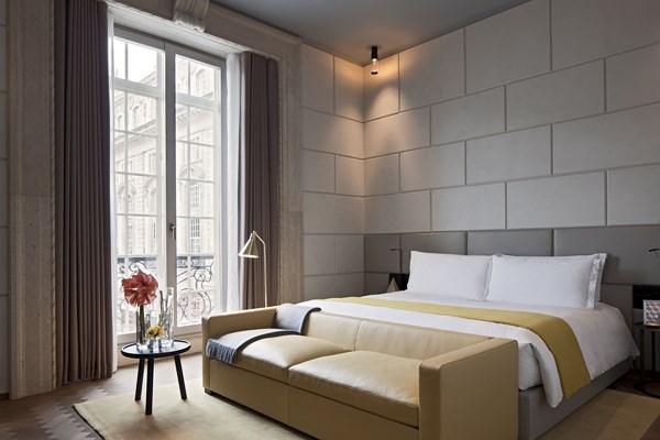 25 Cafe Royal hotel - Regent Suite1