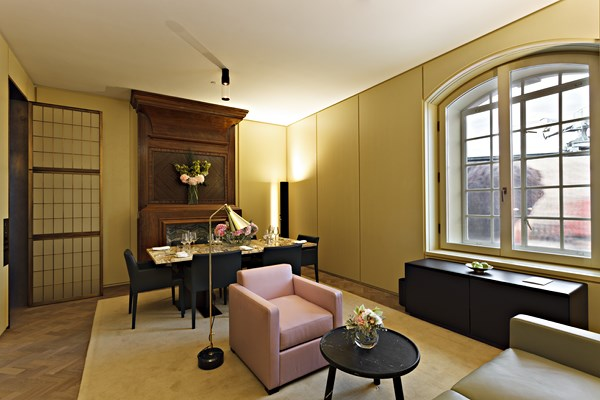 30 Cafe Royal Hotel - Marquis Suite - Living Room1