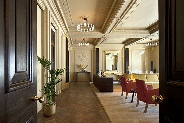 37 Cafe Royal hotel - Empire Suite 3