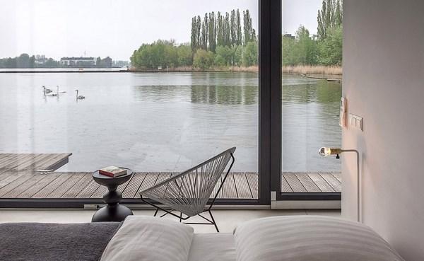 5 modern houseboat