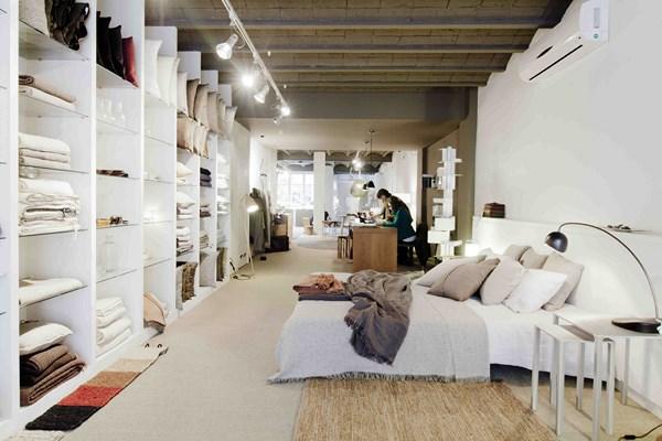 MATÈRIA-pensando en blanco_foto de la tienda
