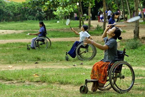 la-cadira-mekong-dissenyada-per-un-equip-jesuita-que-treballa-a-cambodja-i-que-compta-amb-l-espanyol-kike-figaredo-es-const