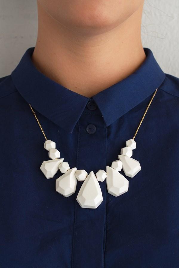 6 nuovum-pedrusco-collar DesignMarket