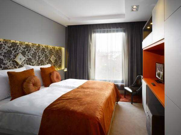 Hotel Unic Prague de Dt6 Arquitectes (12) [1600x1200]