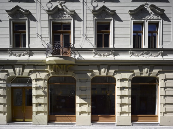 Hotel Unic Prague de Dt6 Arquitectes (2) [1600x1200]