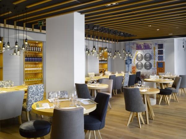 Hotel Unic Prague de Dt6 Arquitectes (6) [1600x1200]