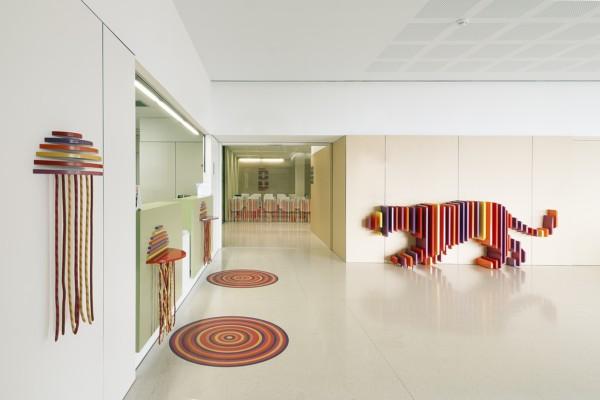 Rai pinto y dani rubio 39 esconden 39 animales en el renovado - Disenador de interiores barcelona ...