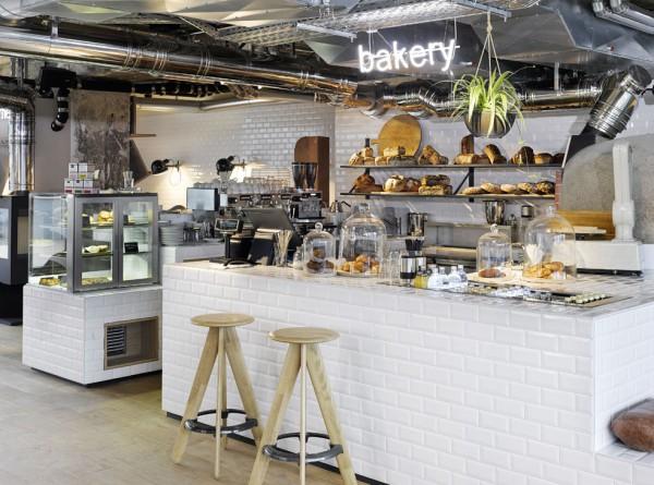 25h_Bikini_Bakery