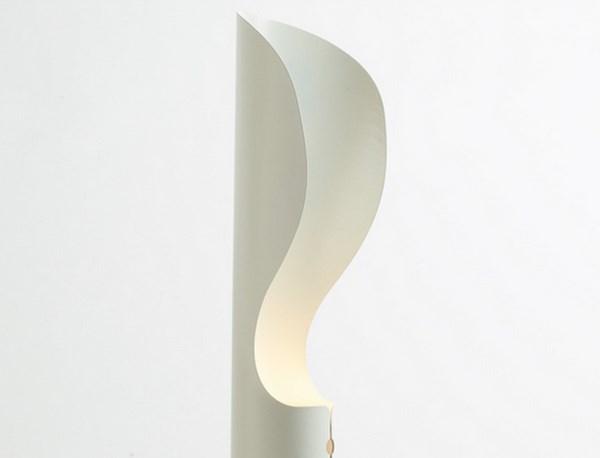 4 collar lamp