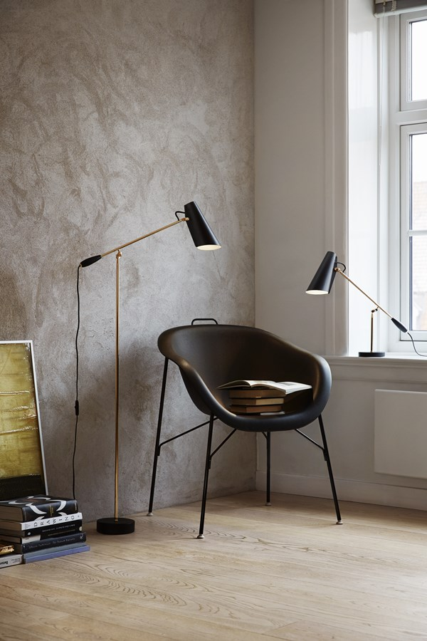 10 NORTHERN LIGHTING-Birdy_floor-and-table-with-chair-High-Res_H