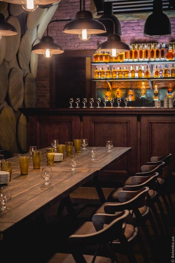 12 brandy bar