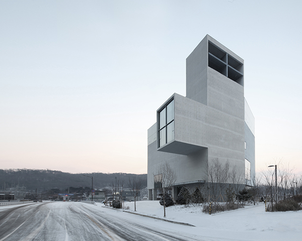 Concrete_Church-NAMELESS-Architecture_01
