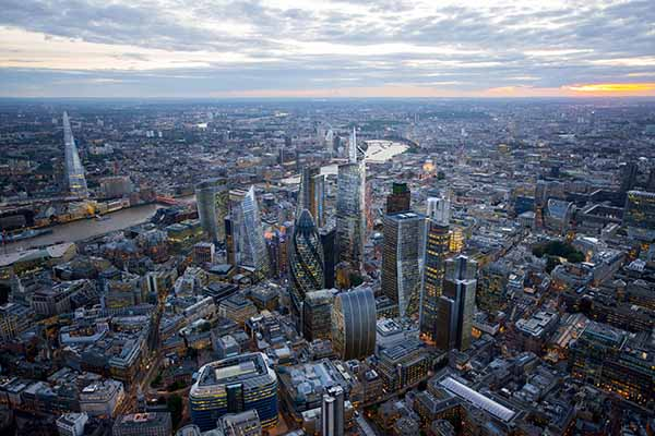 London's Growing… Up! NLA_LondonsGrowingUp©CPAT-Hayes Davidson-Jason Hawkes (1)