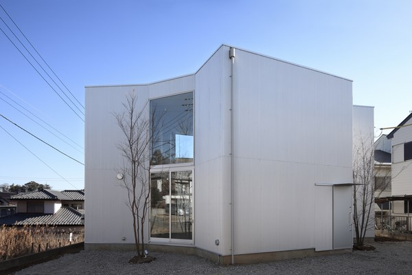 3 unfinished house kashiwa
