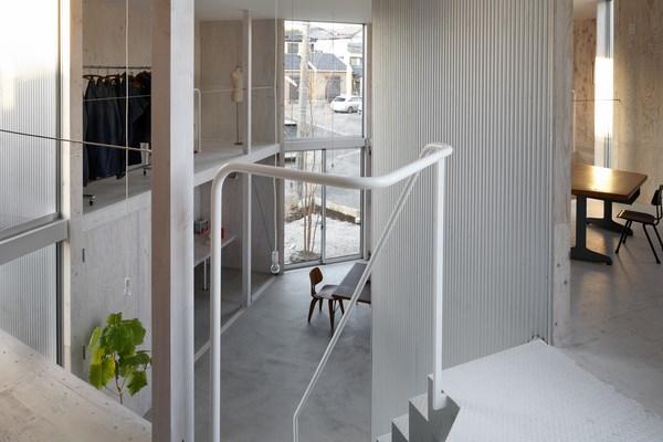 4 unfinished house kashiwa