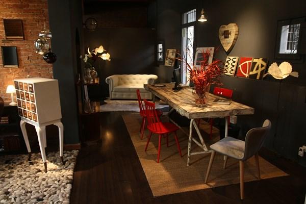 Muebles, lámparas, arte y objetos seleccionados por DEU i DEU para tu casa.