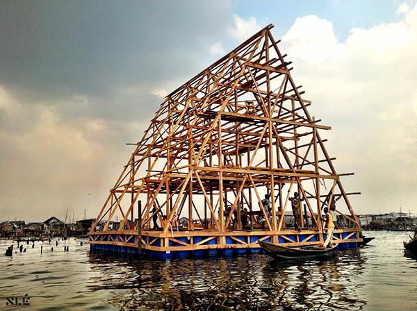 arquitectura flotante Makoko Floating School NLE diariodesign