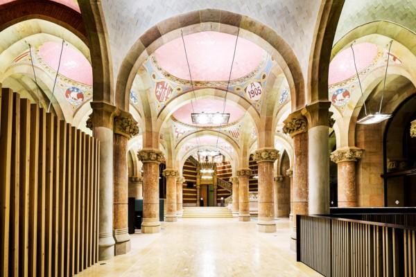 Modernista edificio Hospital de Sant Pau  en diariodesign