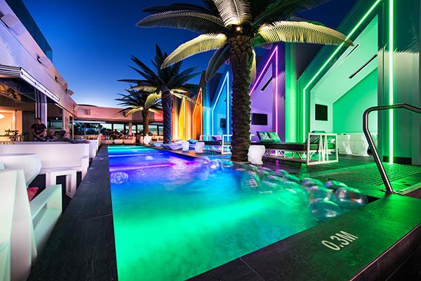 Matisse Beach Club australia vondom iluminacion piscina diariodesign