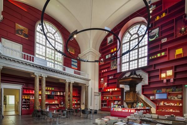 10 stedelijk museum