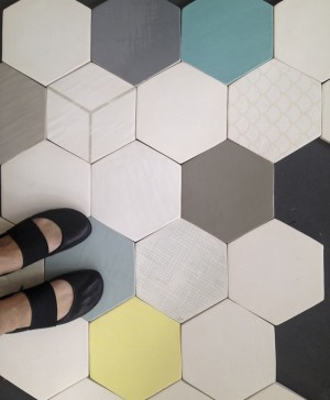 7 wallpapering tiles