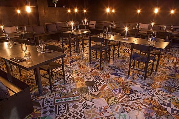 Restaurante Llama de Kilo Studio 12 (Copiar)