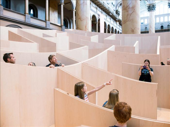 BIG ha diseñado para el National Building Museum de Washington D.C. un sorprendente laberinto
