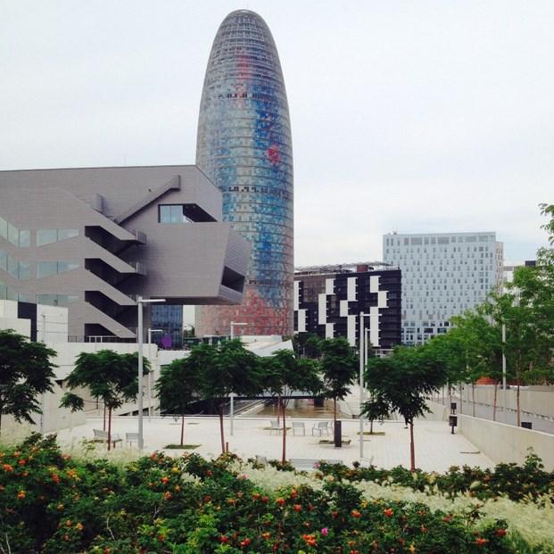DESCUBRE LAS 10 BARCELONAS-SantMartí_PlGlòries_Nadia Arenas - @nadiaarenas