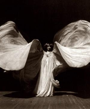 MOMA Designing Modern Women Loie_Fuller