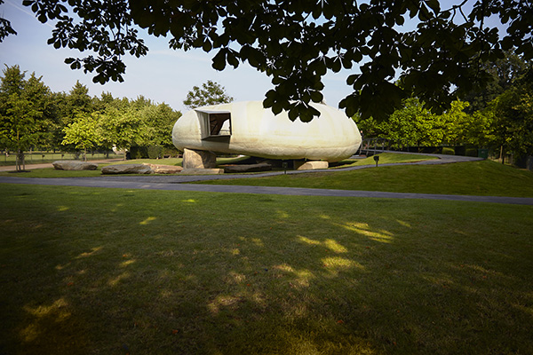 Serpentine-Gallery-Pavilion-2014-Designed-by-Smiljan Radic-Photograph-Offenbach 4