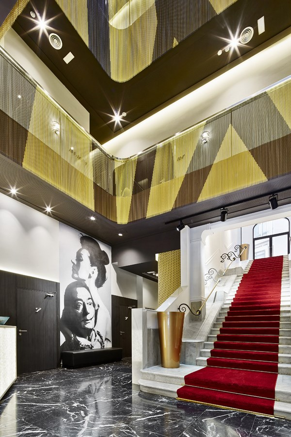 New hotel vincci gala designed by tbi studio organicism and optical illusions saluting dal - Hoteles vincci barcelona ...