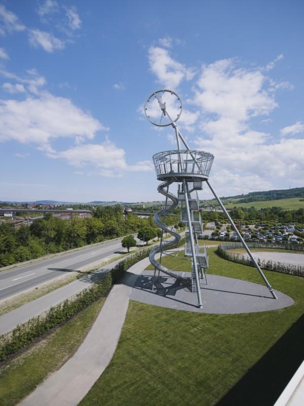 Julien Lanoo escultura interactiva vitra campus diariodesign