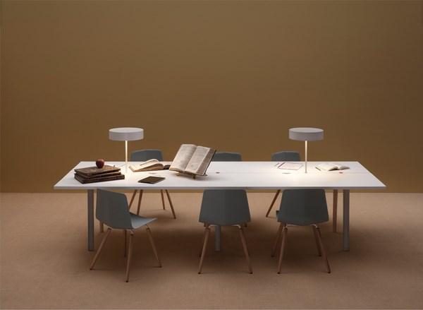 Sistema de mesas Offset de Tomás Alonso Design Studio para Maxdesign Italia diariodesign