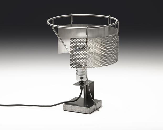 02 Toma Lamp