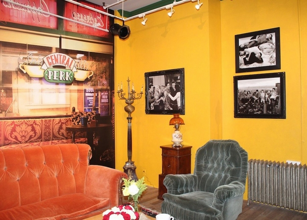 10 central perk pop-up coffee