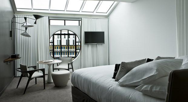 art deco en habitación Hotel Molitor en paris de Jean Philippe Nuel diariodesign
