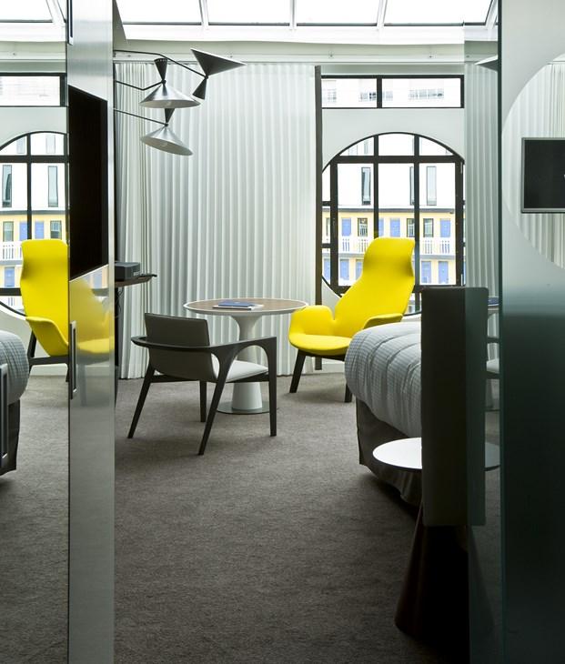 vintage Hotel Molitor en paris de Jean Philippe Nuel diariodesign