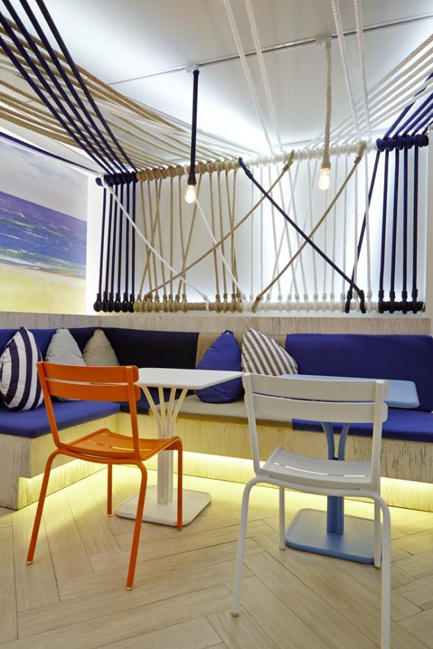Rodilla-Lounge-Estrella-Damm-Puerta-del-Sol-Madrid-Teresa-Sapey (14)