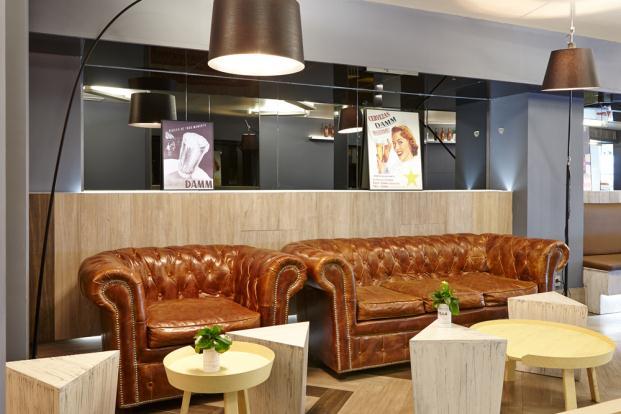 Rodilla-Lounge-Estrella-Damm-Puerta-del-Sol-Madrid-Teresa-Sapey (4)