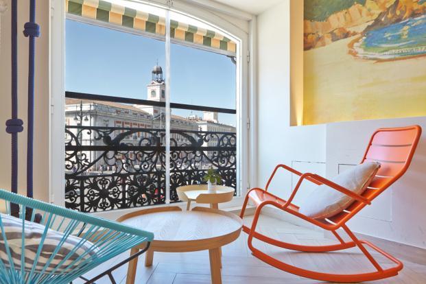 Rodilla-Lounge-Estrella-Damm-Puerta-del-Sol-Madrid-Teresa-Sapey (6)