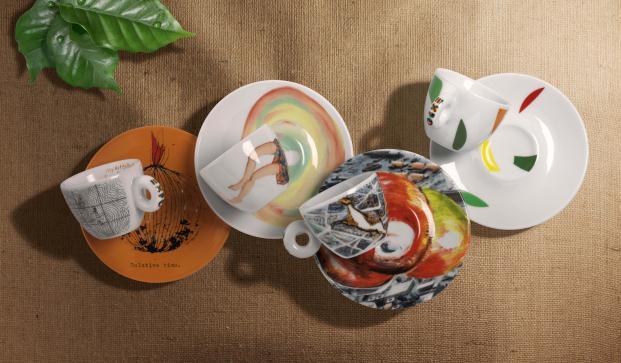 14181_ 029 gruppo sustainArt tazze con piatti