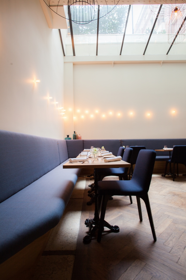 RARE architects - Restaurant Porte 12