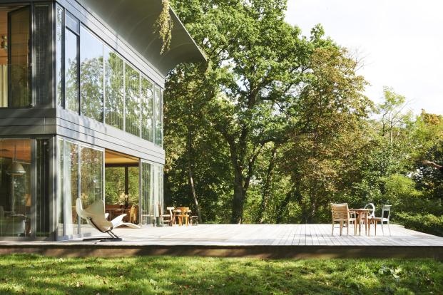 PHILIPPE-STARCK-RIKO-P.A.T.H.-Prefabricated-Accessible-Technological-Homes (10)