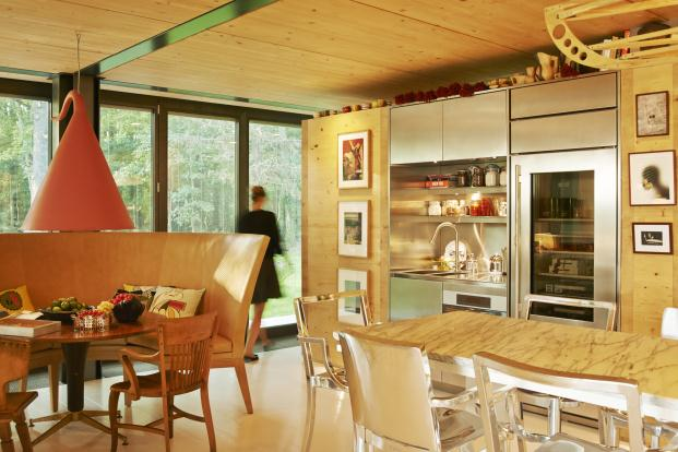 PHILIPPE-STARCK-RIKO-P.A.T.H.-Prefabricated-Accessible-Technological-Homes (5)