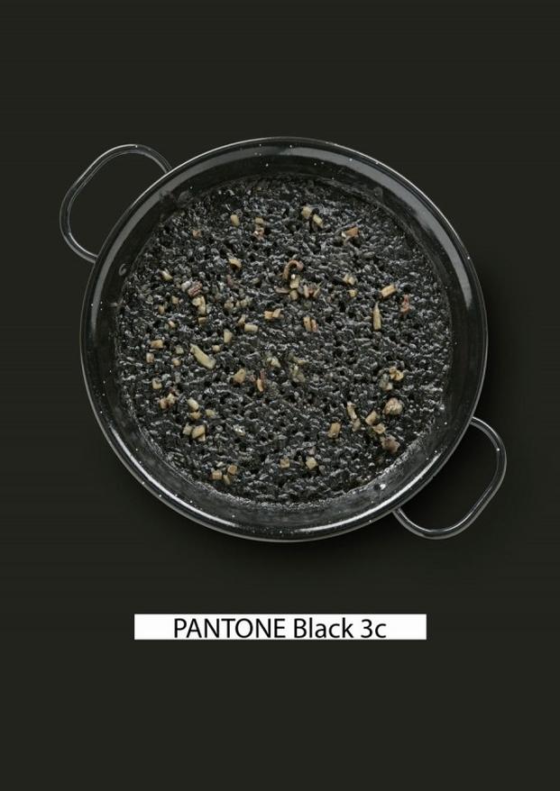 Pantone-food-arroz-negro-gastromedia-600x848