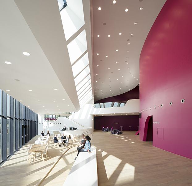 UN-ESTUDIO-ARUP-De-Stoep-Theatre-Spijkenisse-Peter-Guenzel (1)