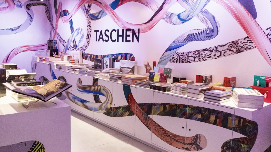 1 pop-up taschen madrid